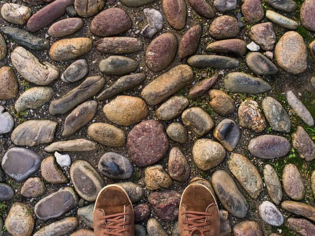 Kő mozaik kerti járda
